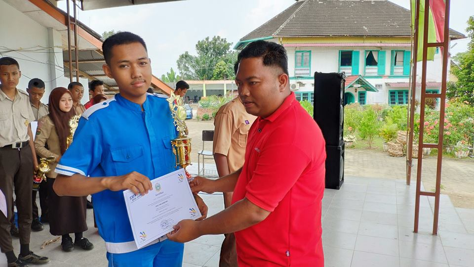 Juara I LKS Information Technology /Network Support Kota Binjai 2019